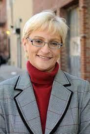 Lynn Schulman